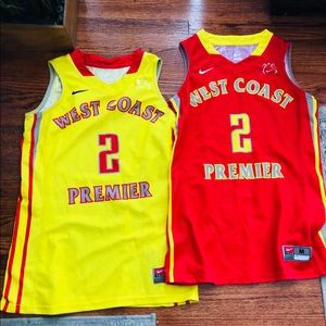 West Coast  basketball team sponsored by Nike.